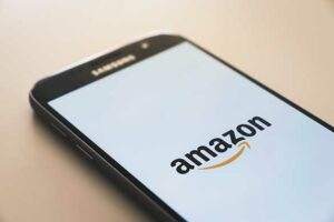 What is an the Amazon affiliate program?