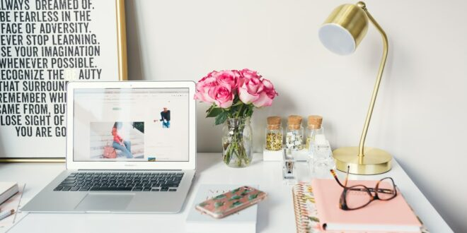 Be blogger get paid, here are the tips of how you can monetize your blog